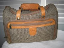 Hartman Tweed & Leather Train/Cosmetic Case in Plainfield, Illinois