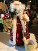CHRISTMAS GIFTS & DECORATIONS/ ORNAMENTS in Lakenheath, UK
