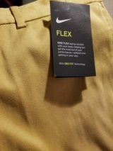 Nike Golf Pants Boys XL in Clarksville, Tennessee