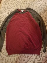 Mens Old Navy long sleeved stretchy sweater size XL in Camp Pendleton, California