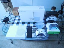 Xbox S 2tb with elite controller in Beaufort, South Carolina