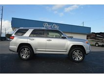 2013 TOYOTA 4RUNNER LIMITED 4X4 in Cherry Point, North Carolina