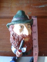 New resin wall hanging head Figurine by King with pipe in Denton, Texas