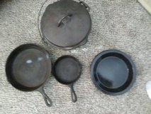cast iron skillets . dutch oven in 29 Palms, California