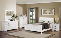 Traditional White Sleigh Bed Room Set in Pasadena, Texas