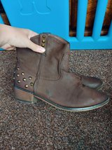 ladies ankle boots, uk 6 in Lakenheath, UK