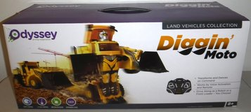 New! Odyssey Toys Diggin' Moto RC Transforming Robot Bulldozer in Bolingbrook, Illinois