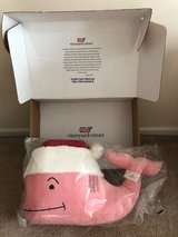 Vineyard Vines HUGE Whale NEW in box in Camp Lejeune, North Carolina
