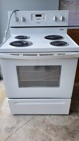 Whirlpool electric stove in Beaufort, South Carolina