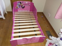 Minnie mouse toddler bed in Elgin, Illinois