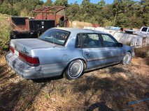 1997 lincoln cont. in Cleveland, Texas