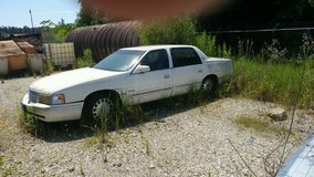 1999 cadillac deville in Cleveland, Texas
