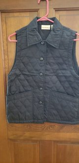 Ladies Black Quilted Vest in Naperville, Illinois