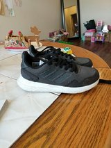 Adidas Used Youth Sneakers Size 1 1/2 in Bolling AFB, DC