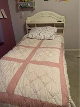 twin bed set in Plainfield, Illinois