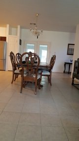 Table and 6 chairs in Kingwood, Texas
