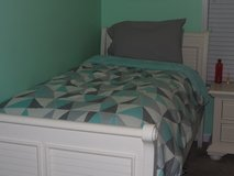 Country White Twin Bed Set with Dresser & Nightstand in Camp Lejeune, North Carolina