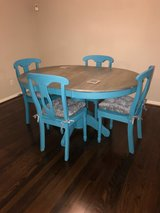 Dinning room Table & Chairs in Kingwood, Texas