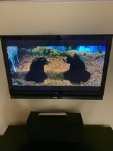 50 inch Panasonic plasma TV low hours in Chicago, Illinois