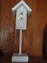 "19"" decorative bird house in St. Charles, Illinois"