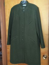HARVE BENARD LADIES LINED COAT - WOOL/LANA/POLYESTER - SIZE 16 in Sandwich, Illinois