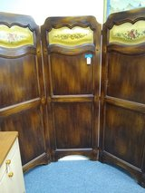 Oak Folding Screen in Chicago, Illinois