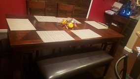 dining room table and chairs in Fairfield, California