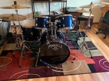 Ludwig Pinnacle Drum Set (Blue Pearl) in Chicago, Illinois