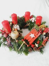 Adventskranz in Rot-Gold aus frischer Nobilis Tanne in Ramstein, Germany