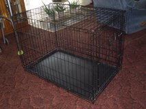 med. wire dog crate in Wilmington, North Carolina