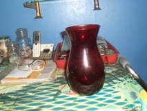 ruby red vase in Camp Lejeune, North Carolina
