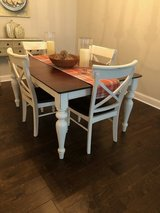 Table and 6 Chairs in Beaufort, South Carolina