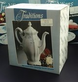 New Tea Pot -Johann Haviland Fine China Porcelain in Plainfield, Illinois