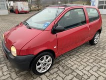 Renault Twingo 72500 mls mod 2004 new inspection winter and summer tires in Hohenfels, Germany