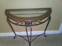 Entry table in Conroe, Texas