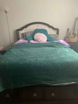 Full Bedroom sets with out mattresses in Quantico, Virginia