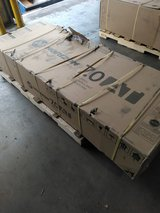 """HORIZON 7.0 """"AT"""" TREADMILL - - NEW IN BOX - - NEVER OPENED OR USED in Kingwood, Texas"""
