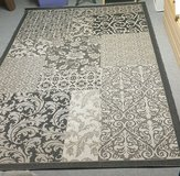 Carpet blach white/grey  very large vintage style in Ramstein, Germany