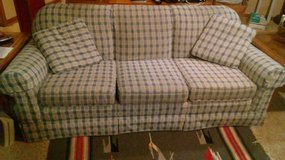Country-style Couch in Wheaton, Illinois