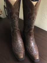NEW ARIAT Cowgirl Boots in Clarksville, Tennessee