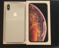 iPhone XS Max white 64GB unlocked like new in Ramstein, Germany