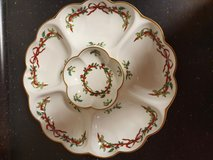 Royal worcester 1987 Holly Ribbons Crudite Dip Tray in Ramstein, Germany