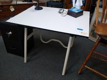 Adjustable Work Desk Table in Chicago, Illinois