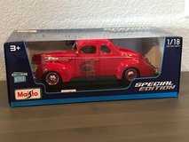 New Maisto 1939 FORD DELUXE COUPE Fire Chief Special 1:18 Diecast in Fairfield, California