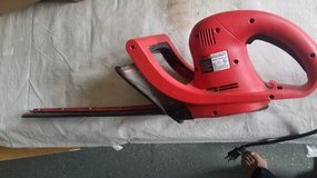 18 Inch Electric Hedge Trimmer in Aurora, Illinois