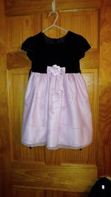 Black & Pink Holiday Dress - Size 5T in Beaufort, South Carolina