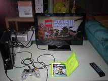 Xbox 360 with star wars 3 game & 250 HD - HDMI cord & power plug & controller in Elizabethtown, Kentucky