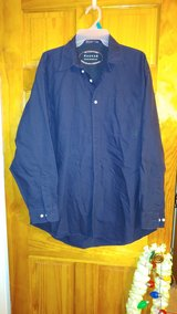 Haggar Mens Dark Blue Button Down - Large in Beaufort, South Carolina