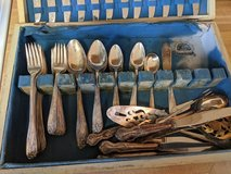 mixed sets of Rogers bros silver plated silverware in Camp Lejeune, North Carolina