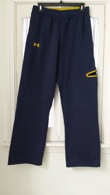 Under Armour - Pants - Size Md (Loose) in Batavia, Illinois